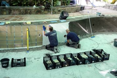 Arbeiter Mosaik Poolwand